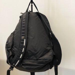 lululemon athletica Bags - Lululemon black backpack, 70986